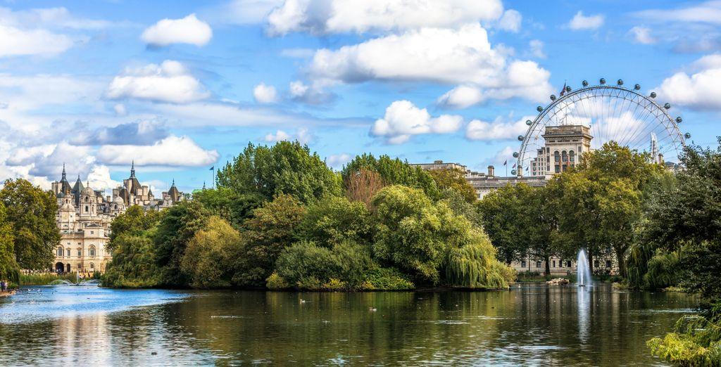 Geniet van de rust in St James' Park, een van de beroemdste parken van de stad