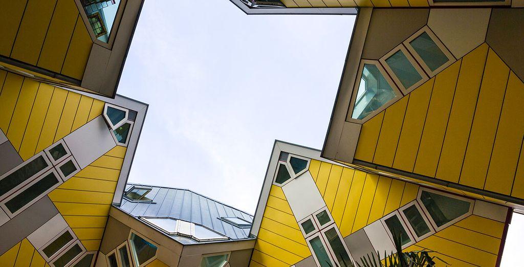Ontdek de symmetrische kubuswoningen in Rotterdam