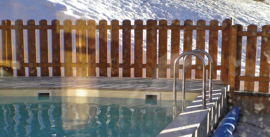 Of het verwarmde zwembad