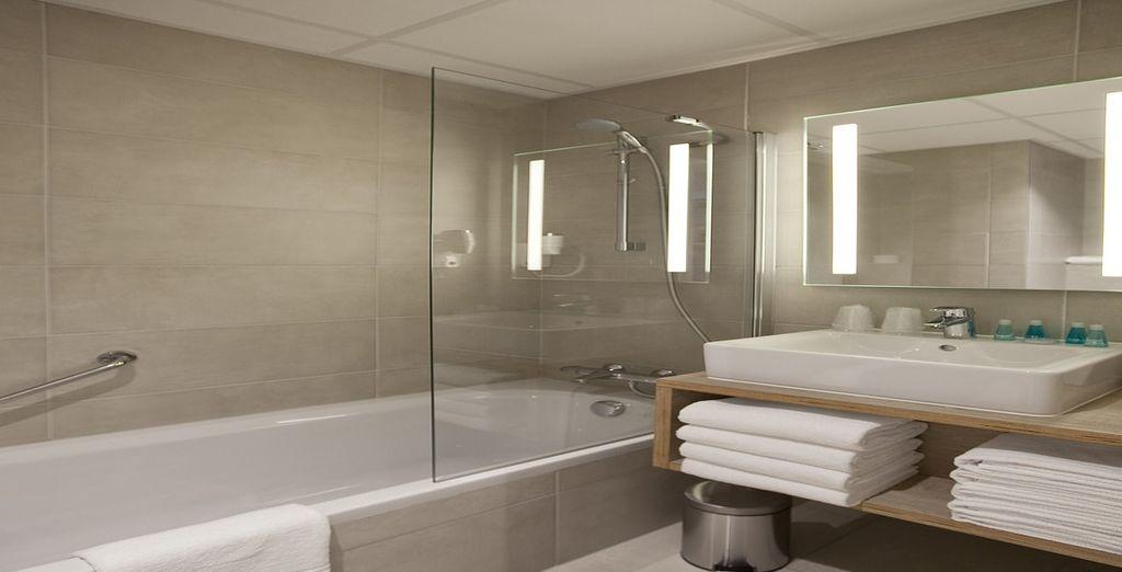 Met een moderne badkamer