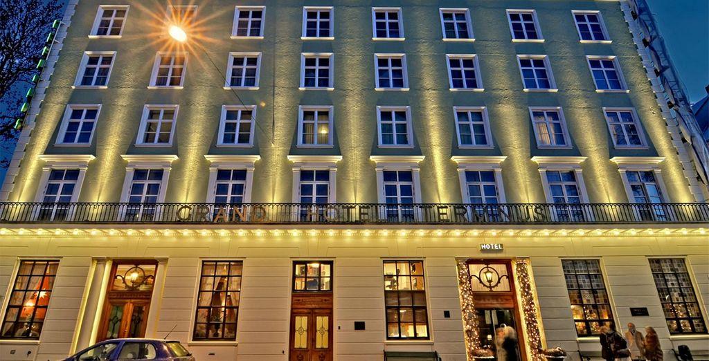U verblijft in het Grand Hotel Terminus 4*