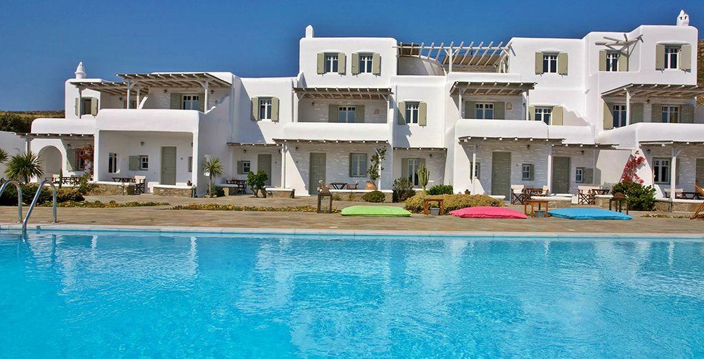 Het boetiekhotel Yakinthos Residence heet u welkom