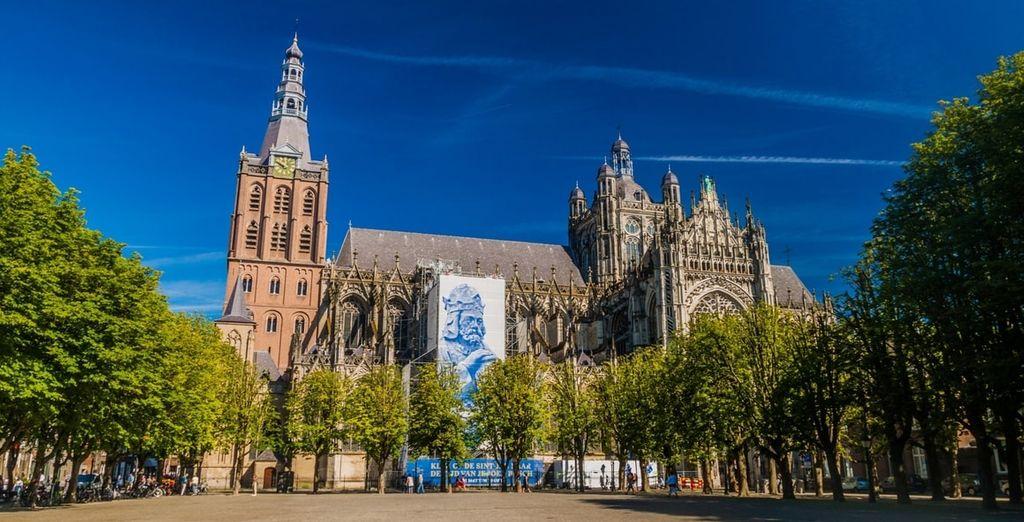 Breng zeker een bezoek aan de mooie stad 's-Hertogenbosch