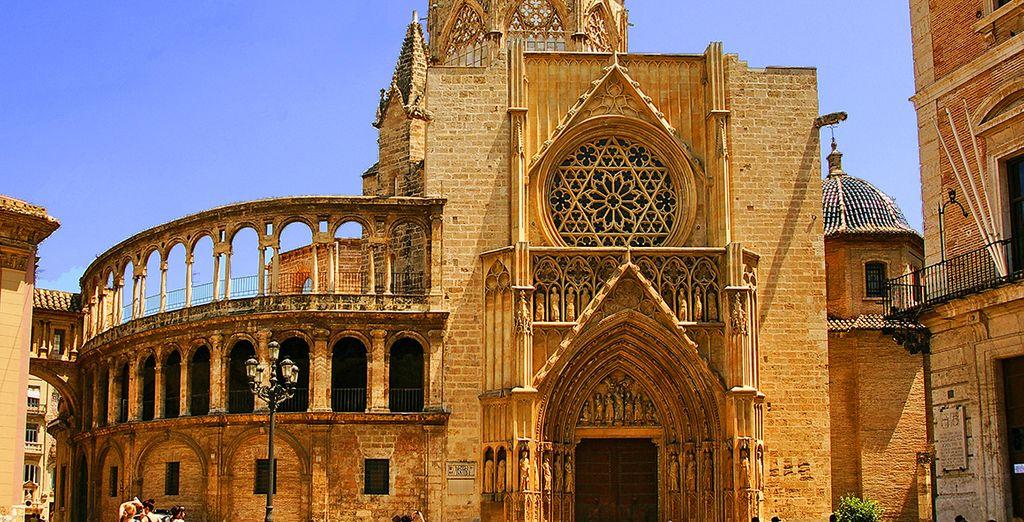 Bezoek alle mooie plekjes van Valencia!