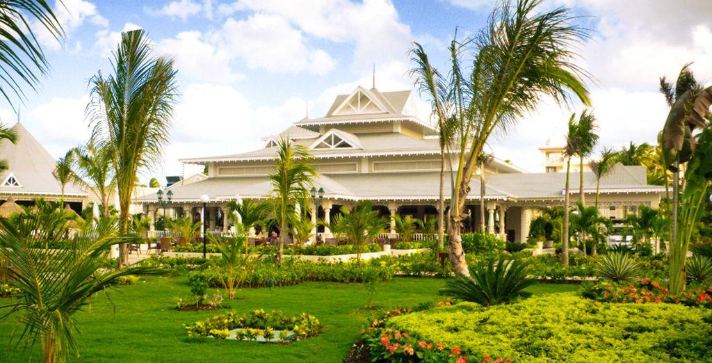 Of in de mooie tropische tuinen