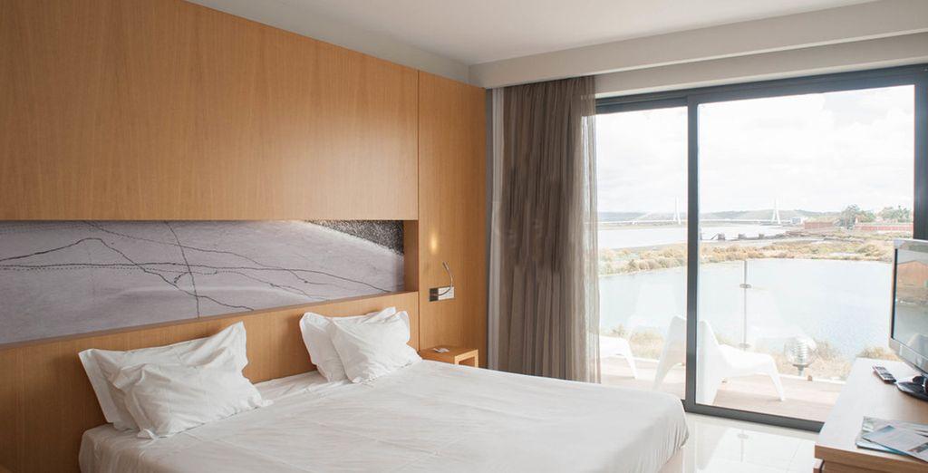Overnacht in een Side River View Suite of in een Junior Suite
