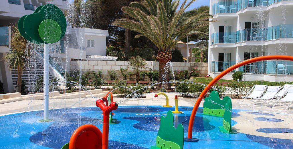 Het lekkere zwembad, met splash pad voor kinderen