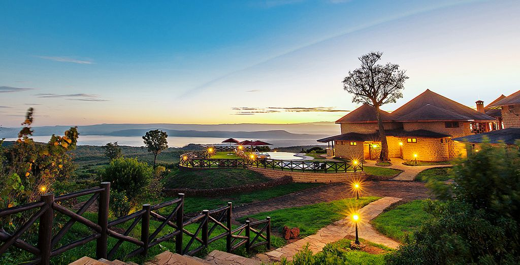 En een waanzinnige omgeving (afgebeeld: Lake Nakuru Sopa Lodge)