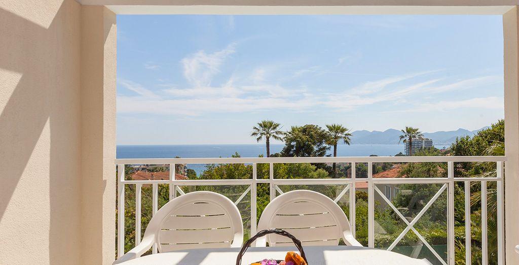 Elke ochtend kunt u genieten van uw balkon of terras