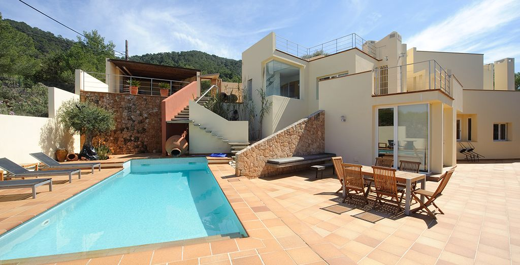 3 Bedroom Villa for up to 6 Guests - private villa in Ibiza