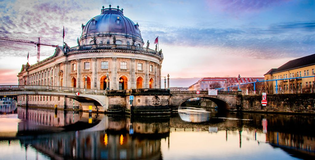 You are perfectly nestled between Berlin's fascinating Museum island