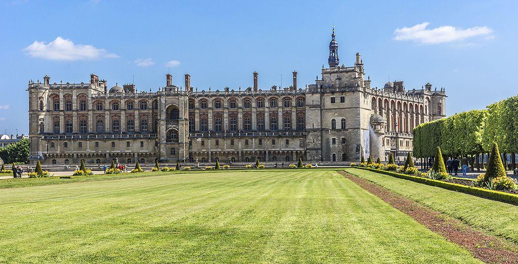 Visit the royal palace of Château de Saint-Germain-en-Laye