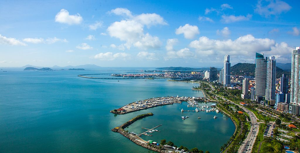 Discover Panama City with our free travel guide
