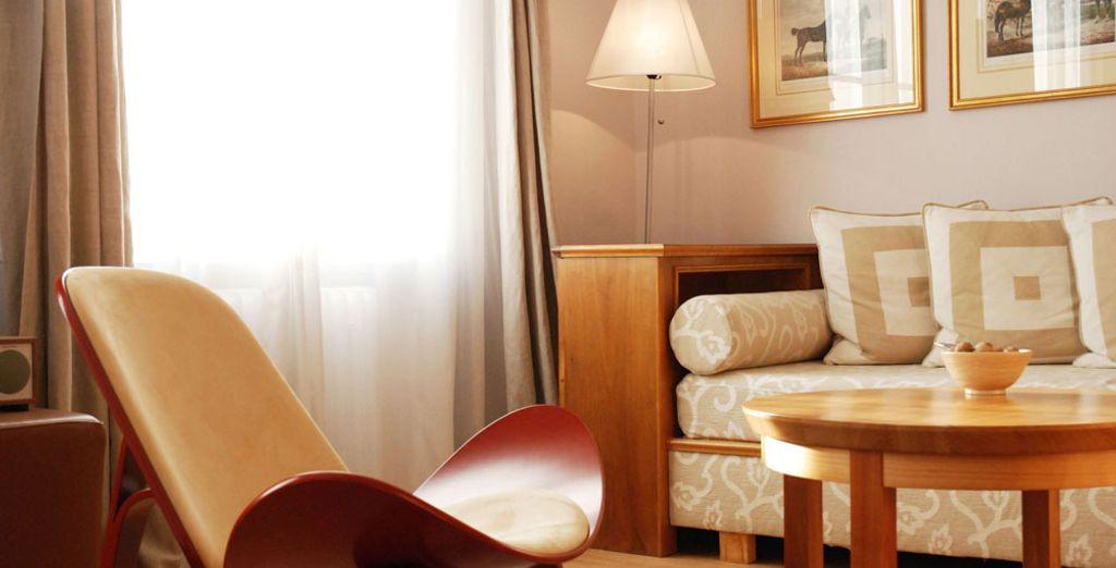 ...From its stylish lounge!
