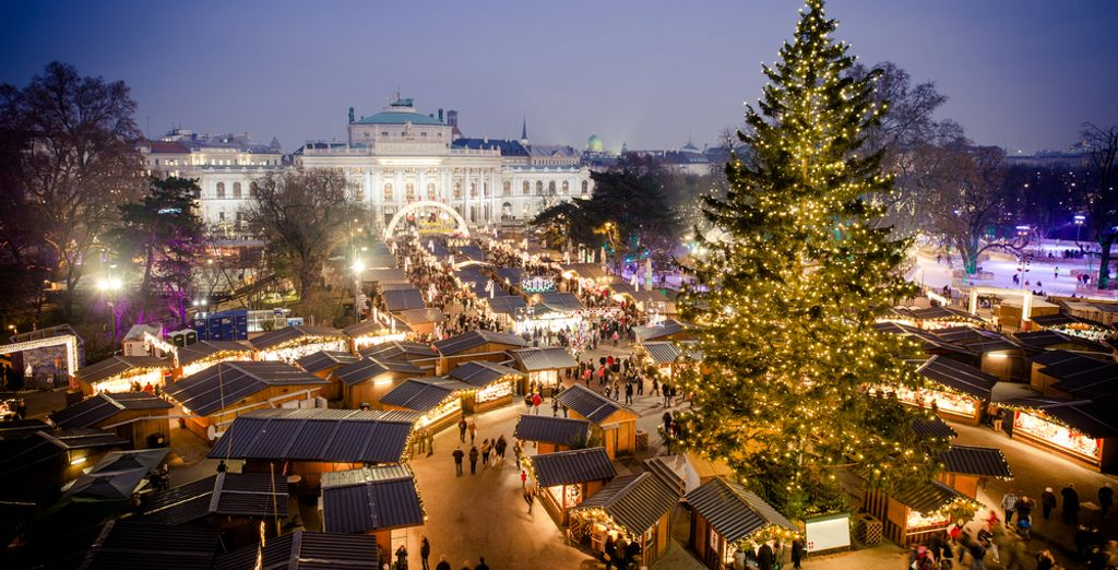 Discover Vienna and its Christmas Markets with Voyage Privé