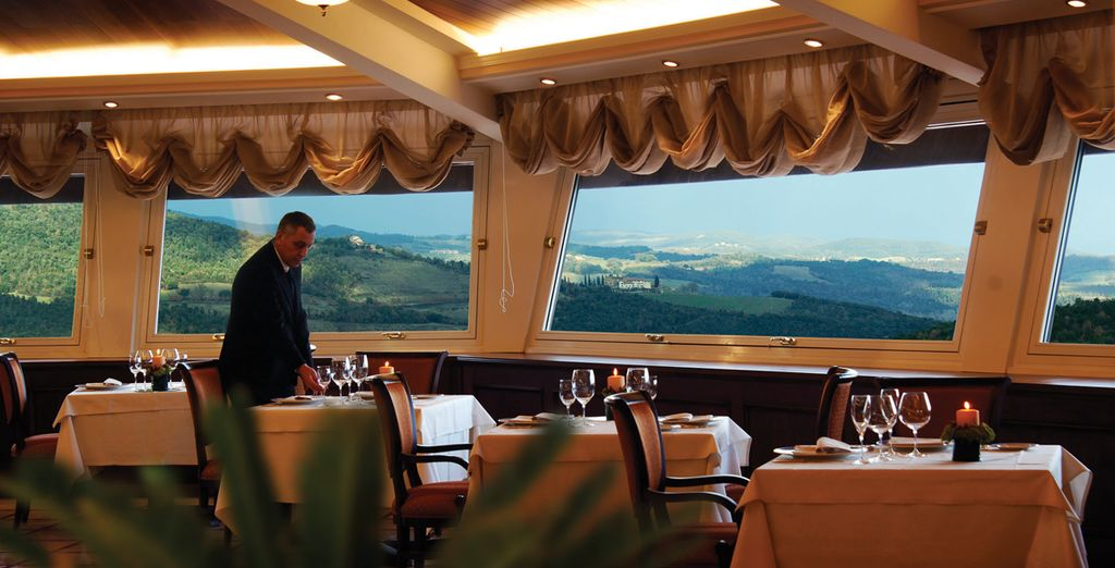 Where the stunning Tuscan views are taken full advantage of