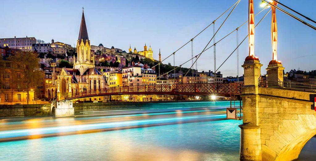 Visit stunning Lyon - Warwick Reine Astrid 4* Lyon