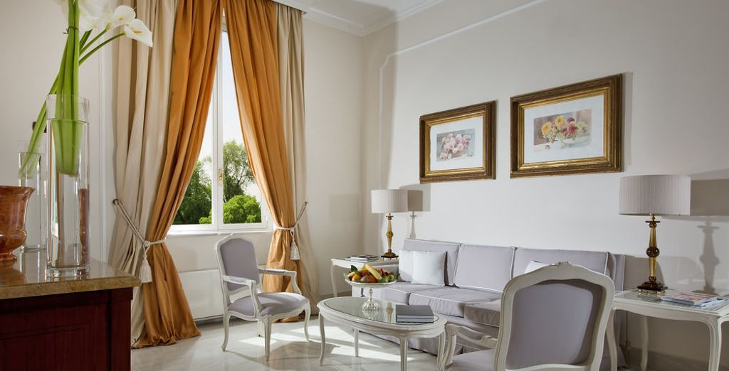 Each room exudes a welcoming atmosphere (pictured: Executive Suite)