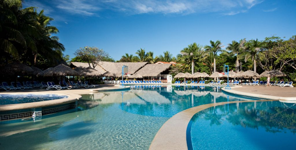 Extend your stay with 2 nights at the Barcelo Langosta