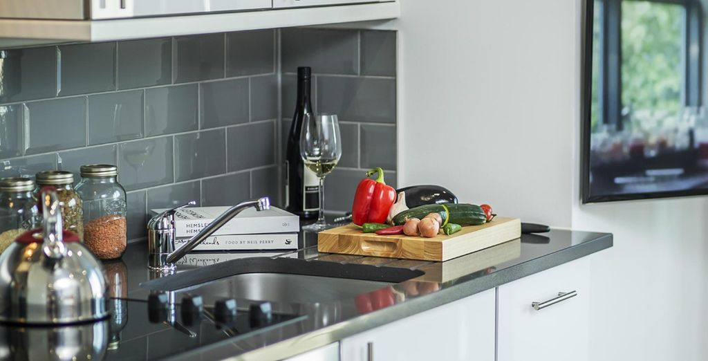 As well as a fully-equipped kitchen