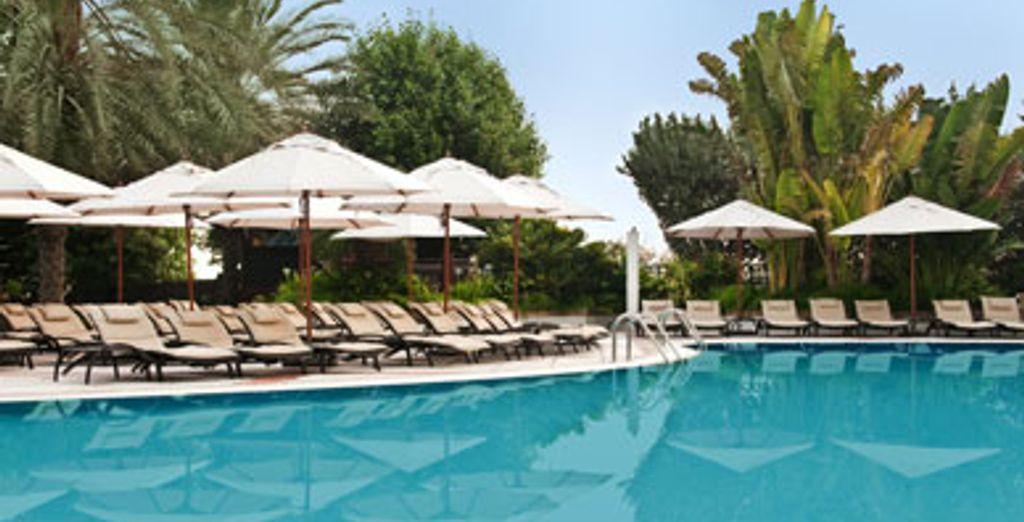 - Hilton Dubai Jumeirah Resort & Residences ***** - Dubai - UAE Dubai