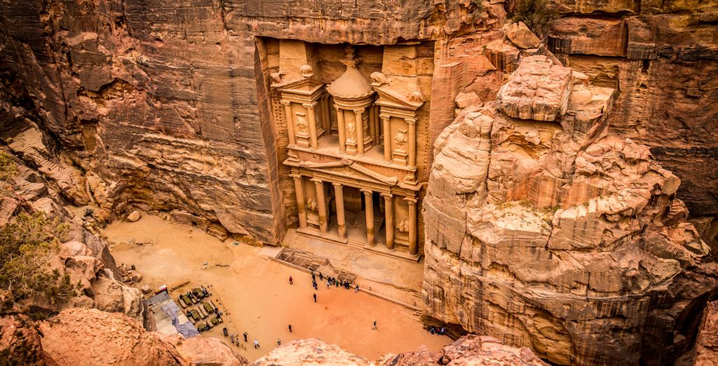 Hotels in Jordan, travel to Petra, Dead sea, Aman, Aqba, holidays