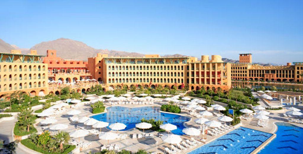 - InterContinental Taba Heights***** - Taba - Egypt Taba