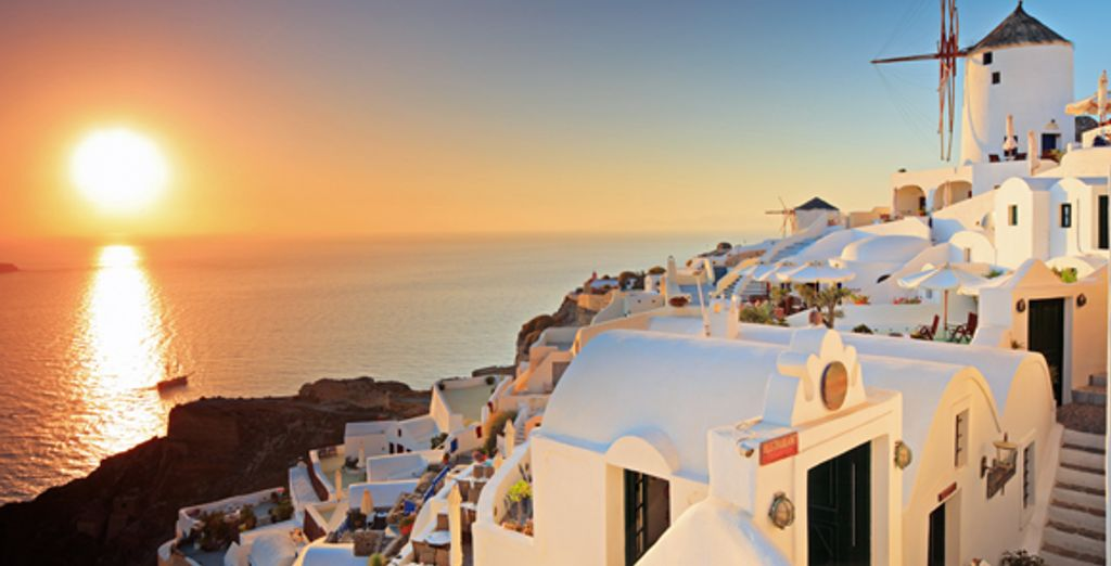 - Pantheon Villas**** - Santorini - Greece Santorini