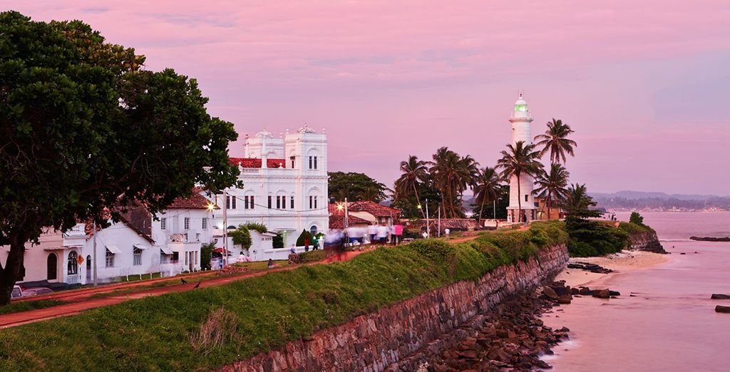 A city tour of Galle, and a boat trip on the Madu River