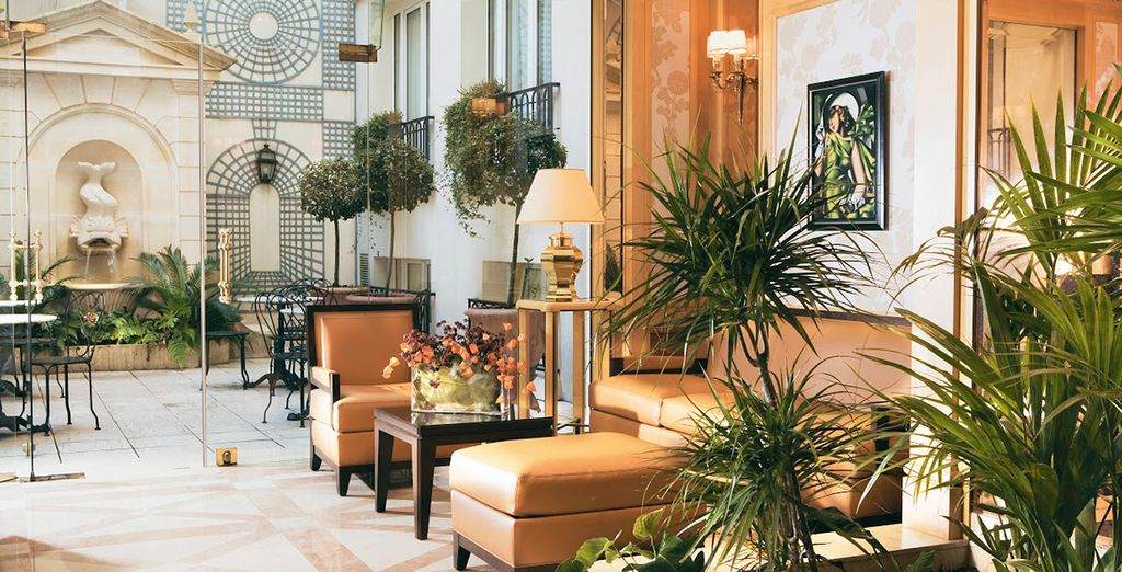 Stay in elegant surrounds at the Rochester Champs Elysées...