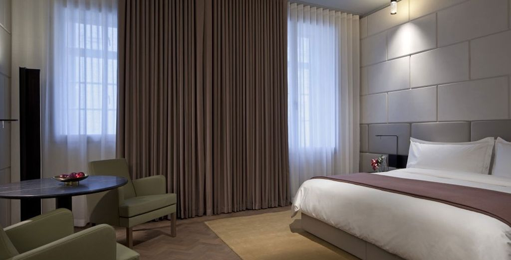 Enjoy a luxury stay where superb rooms will amaze you