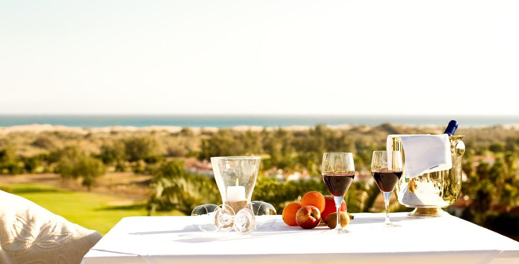 Savour delicious meals and beverages in unique environments