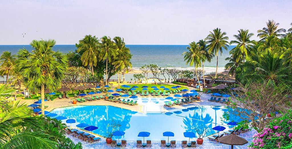 With stunning sea views - Regent Cha Am Beach Resort 4* Cha-am