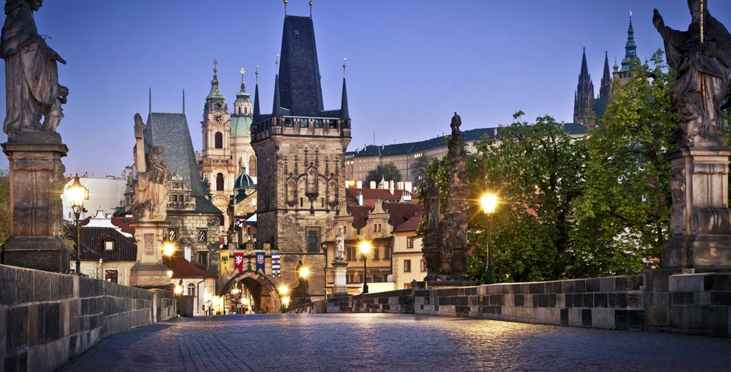 Discover the historical sites of Prague