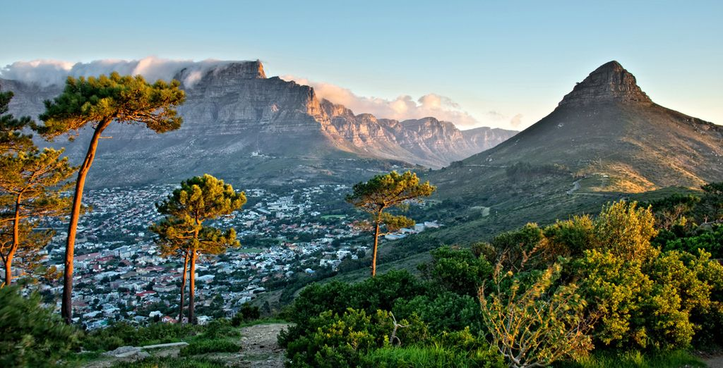 Take in the dramatic landscapes of South Africa - 10 Nights Cape Discovery 4* South Africa