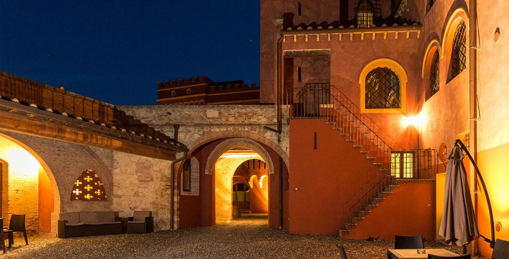 Book now for a romantic Tuscan escape