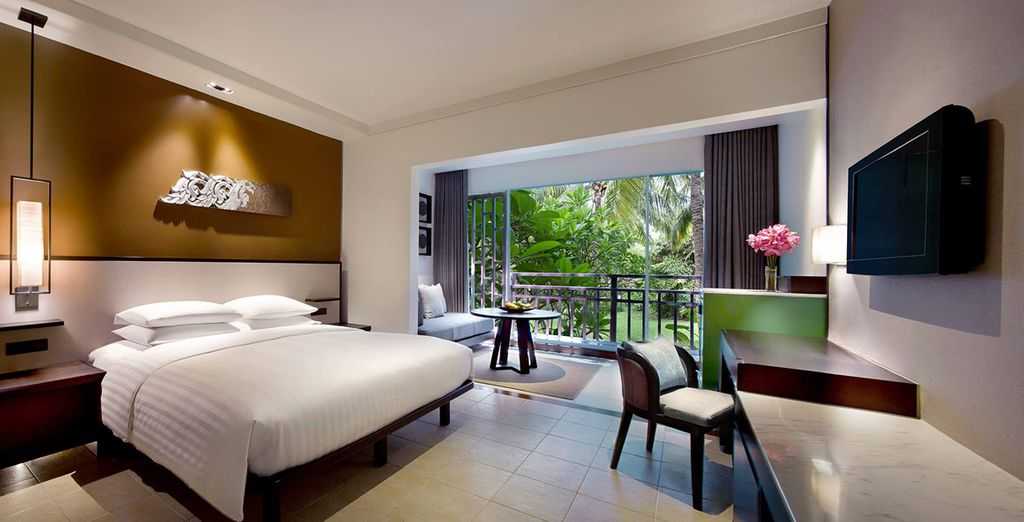 Sleep in a Hyatt Guest Room for 7 nights