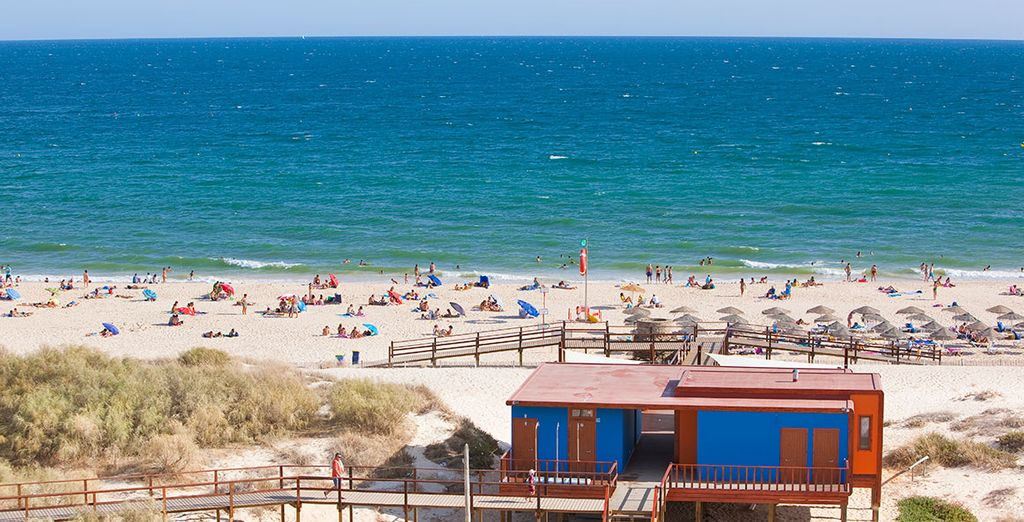 And just 800 metres from one of the Algarve's best beaches