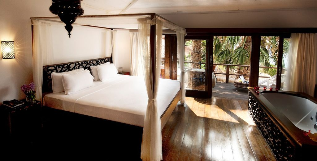 The Deluxe Sea View Room