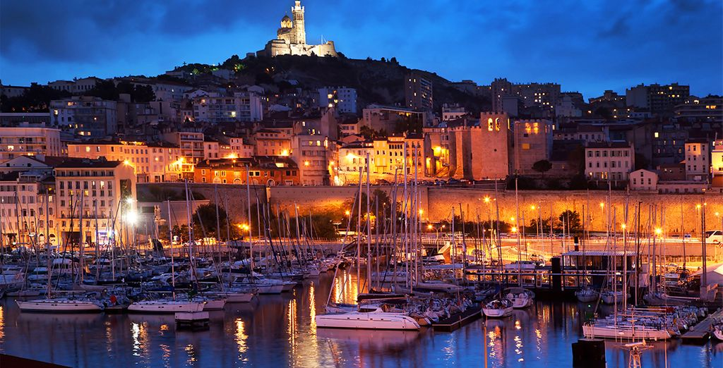 Discover the beauty of France in the port city of Marseille