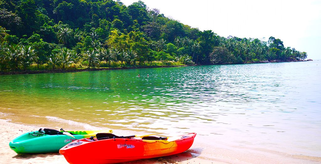 Or take advantage of your free hour of kayaking!