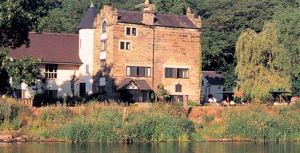 Set on the banks of the River Trent