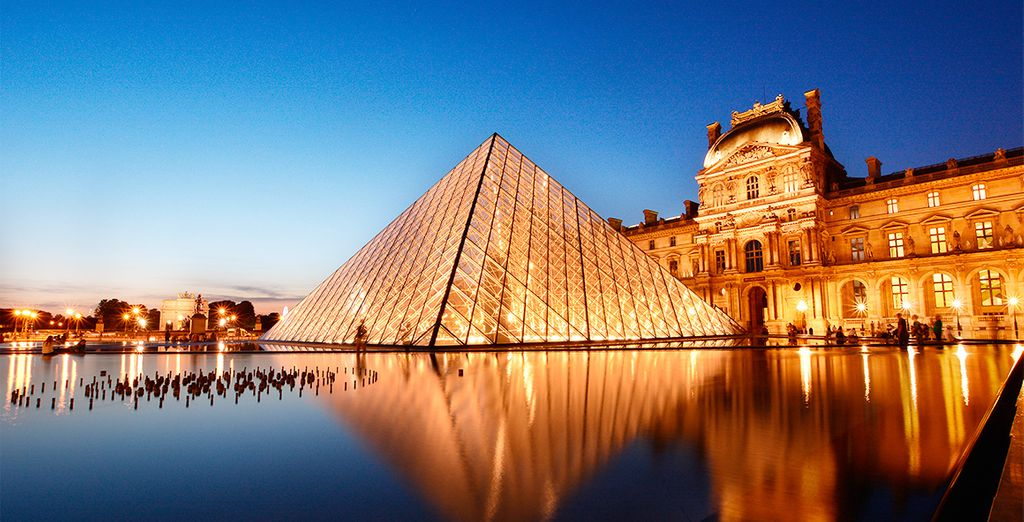 Marvel at the art of the Louvre, as well as the exquistely designed building that holds them