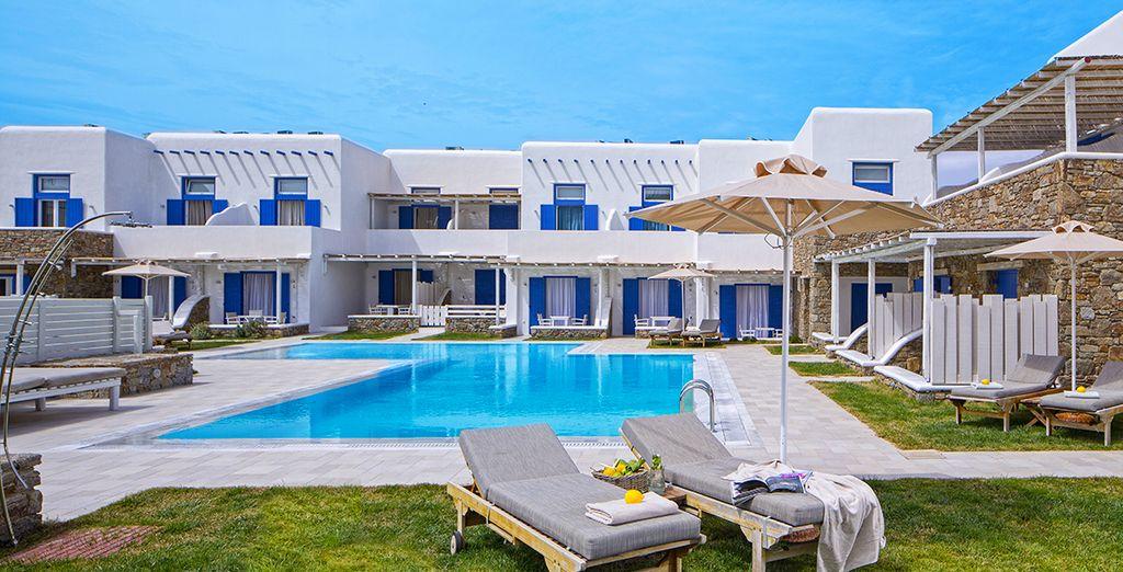 Relax in a beautiful Side Sea View Villa - Villa del Sol 4* Mykonos