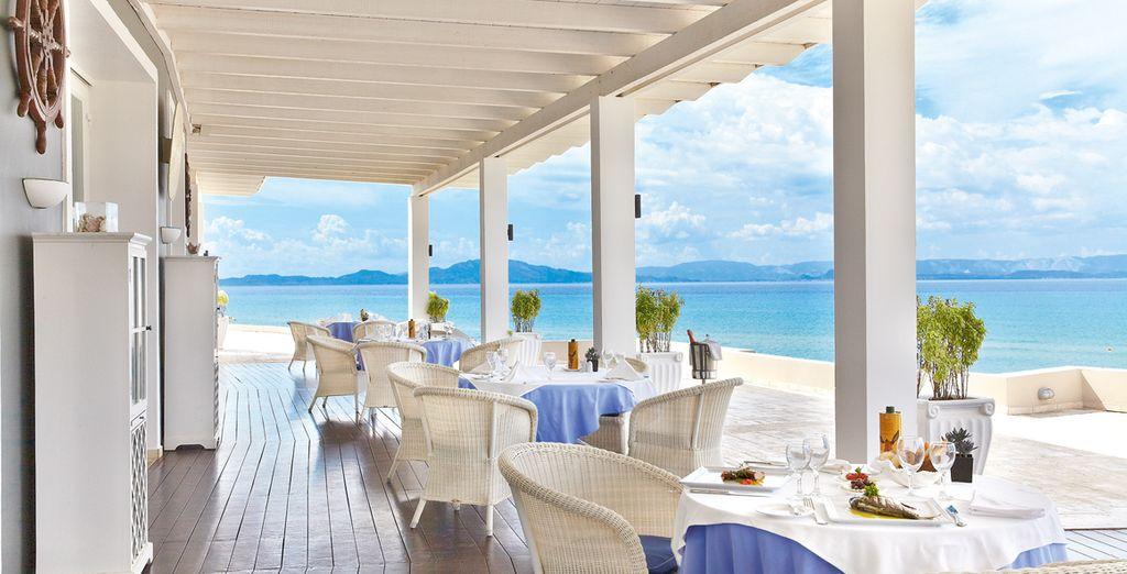 Enjoy breakfast with amazing views!