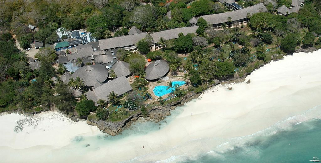 Stay at the amazing Baobab Beach Resort