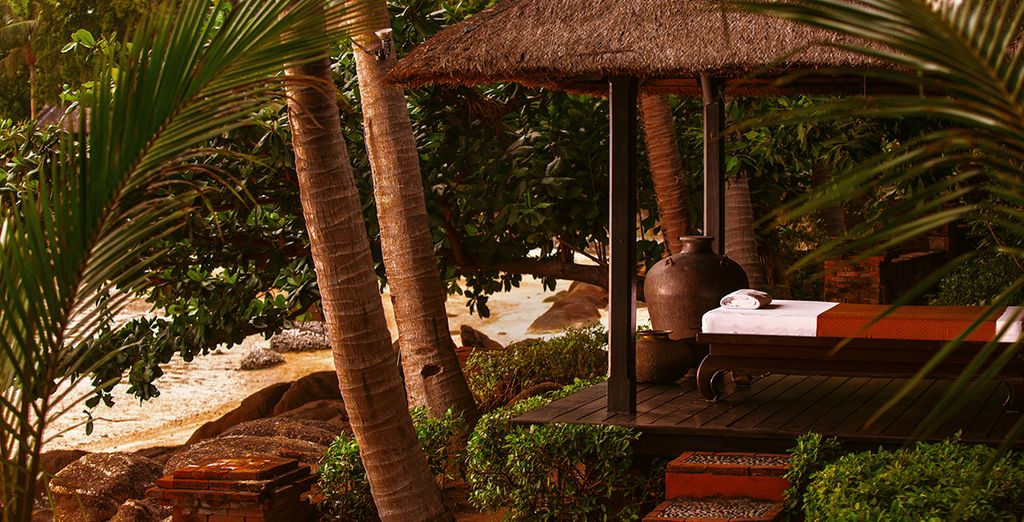 Discover true relaxation with a expert massage & the soothing sounds of the ocean