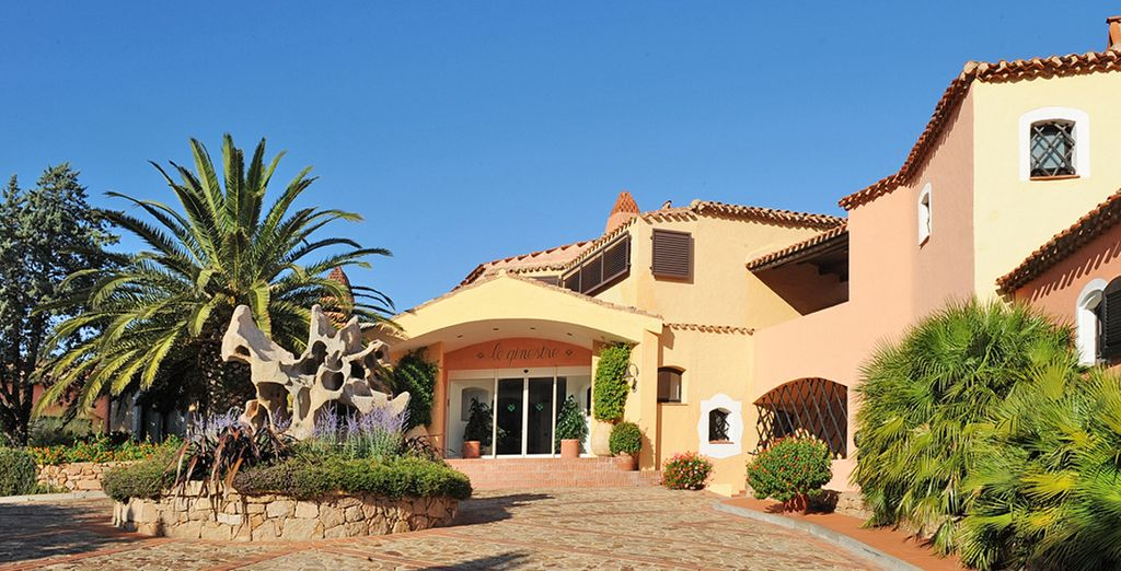 Stay at the Hotel Le Ginestre - Hotel Le Ginestre 4* Sardinia