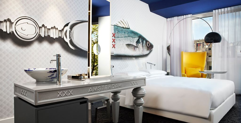Stay in a Canal View Room