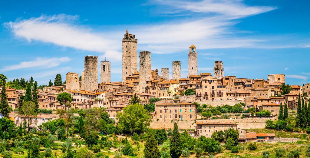 Meet the beautiful San Gimignano